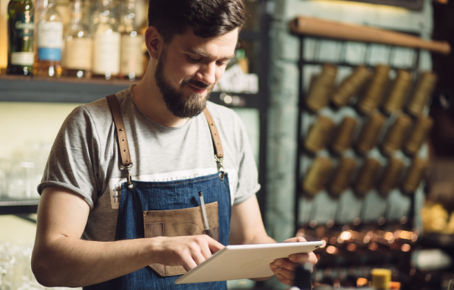 HOW TO ENGAGE WITH CUSTOMERS ONLINE