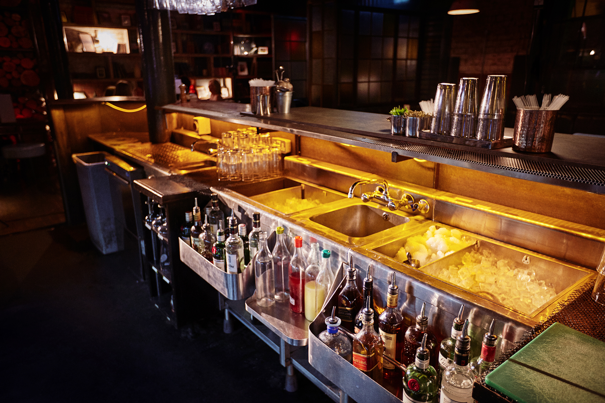 Diageo Bar Academy Essential Bar Skills Organising Your Workstation