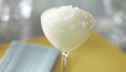 HOW TO MAKE FROZEN COCKTAILS