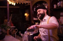 CLOSING TIME: HOW BARTENDERS RELAX AFTER WORK