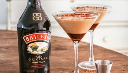 Baileys cocktail serve